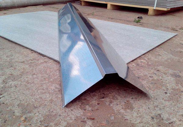 Коньковая планка для крыши