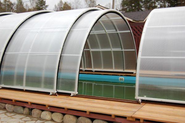 Раздвижная крыша на теплице