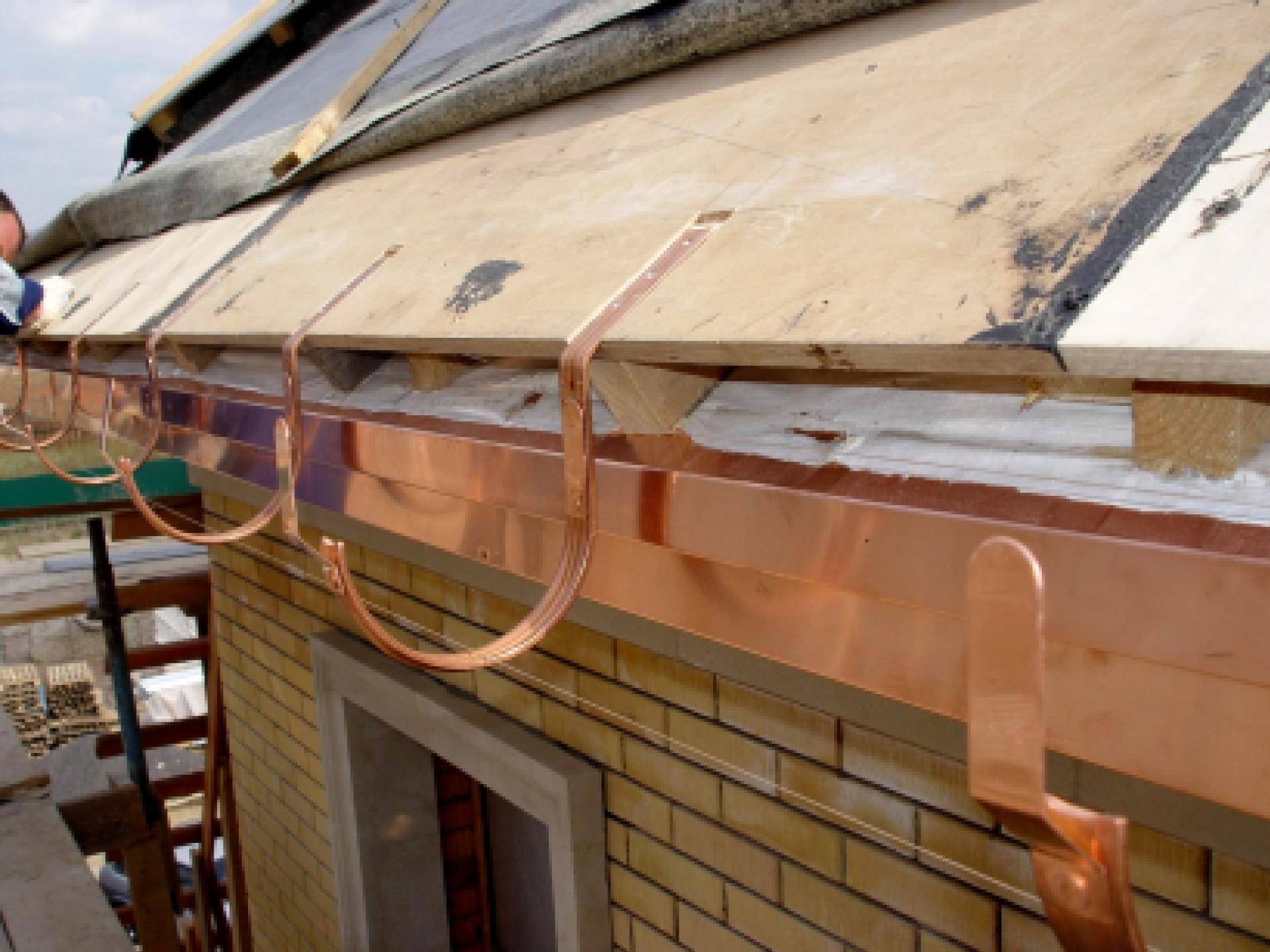 Как своими руками сделать карниз на крыше фото 703