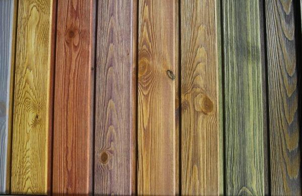 Разноцветные деревянные планки