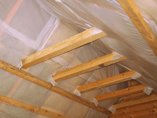 Использование прижимных планок для герметизации стыков