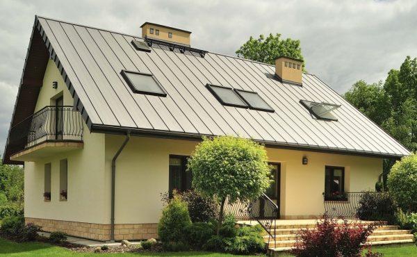 Устройство мансарды под двухскатной крышей