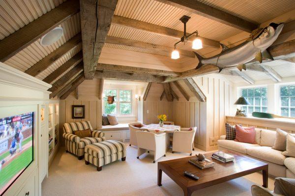 Дизайн мансарды с ломаной крышей