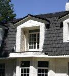 Оригинальная крыша из цементно-песчаной плитки