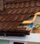 Устройство крыши с металлочерепицей «Монтеррей» и капельником