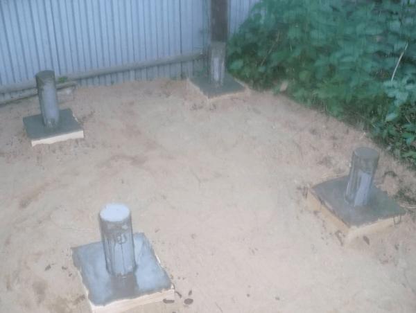 Столбчатая основа для гаража