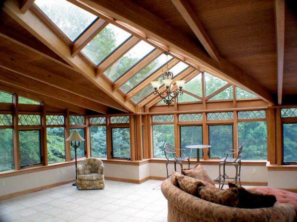 Деревянная обрешётка под прозрачную крышу