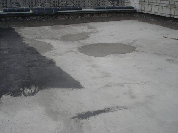 Выполнение стяжки на крыше