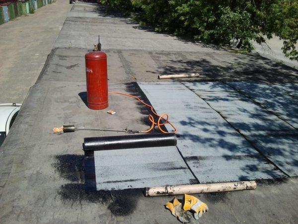 Комплект для наплавления крыши