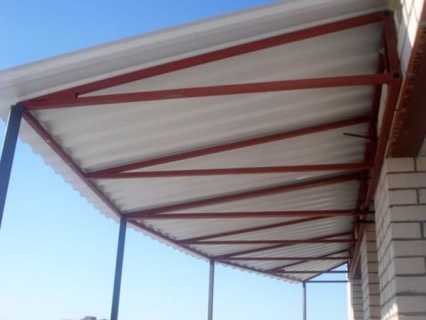 Вариант крыши с зависимым каркасом