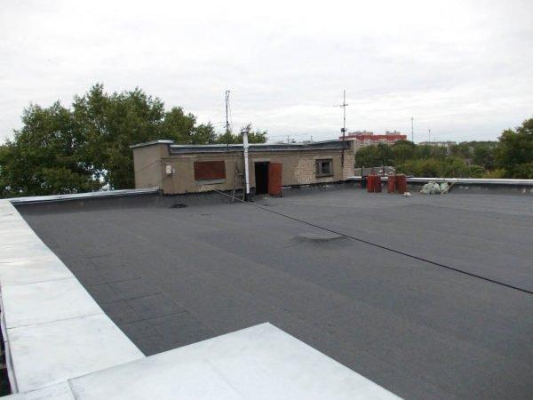 Крыша с мягким рулонным покрытием