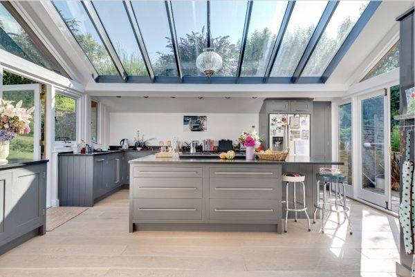 Прозрачная крыша для загородного дома