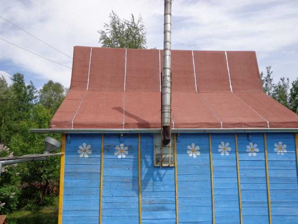 Крыша бани с рубероидом