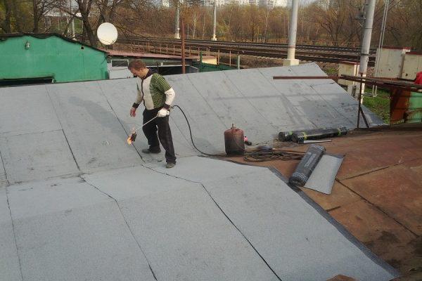 Процесс монтажа гидроизоляционного полотна
