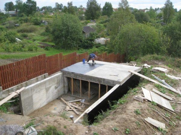 Процесс подготовки подземной крыши к гидроизоляции