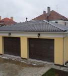 Фальцевая (четырёхскатная) крыша для двойного гаража