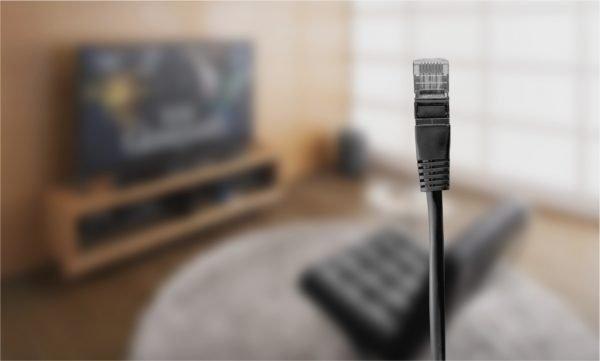 Проводное подключение через кабель HDMI