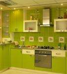 Яркая мебель неонового зелёного цвета
