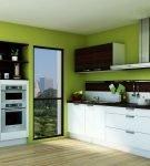 Зелёные стены кухни