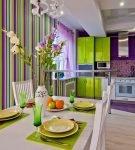 Салатово-фиолетовая кухня