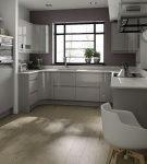 Стена серого цвета на кухне в доме