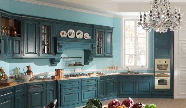 Бирюзовая кухня классического дизайна