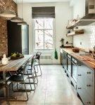 Узкая кухня в квартире в стиле лофт