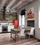 Кухня-гостиная с большими окнами