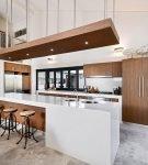 Необычное оформление кухни лофт в доме
