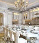 Большая кухня-столовая в стиле рококо