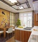 Небольшая кухня с интерьером в китайском стиле