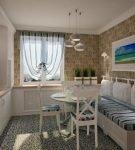Уютная кухня в стиле корабельной каюты