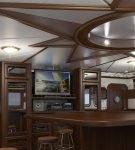 Необычное оформление потолка на кухне в виде каюты