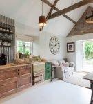 Кухня в стиле шебби-шик под деревенский дизайн