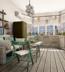 Светлая кухня с красивой люстрой