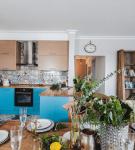 Кухня-столовая в средиземноморском стиле
