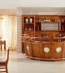 Деревянная мебель на кухне в морском стиле