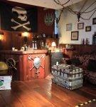 Пиратский декор бара в морском стиле