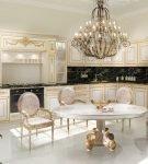 Кухня барокко в светлых тонах