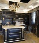 Чёрная кухня в классическом стиле