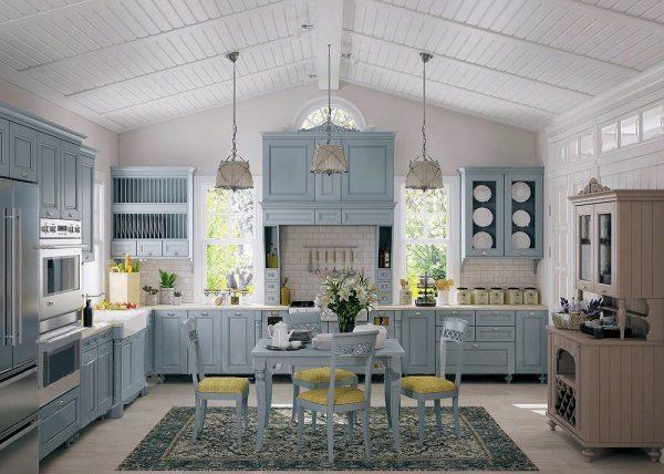 Голубой деревянный гарнитур на кухне в стиле прованс
