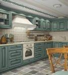 Состаренный гарнитур на кухне в прованском стиле