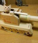 Кот в танке