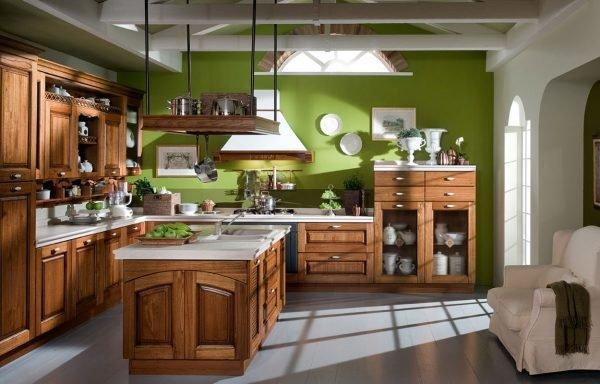 Зелёные стены на кухне в стиле кантри
