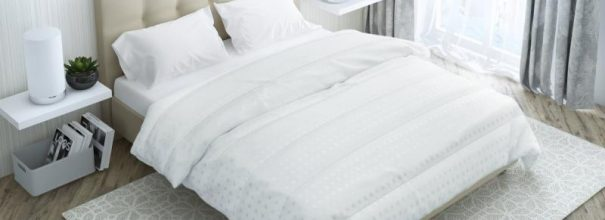 бамбуковые подушки в интерьере спальни
