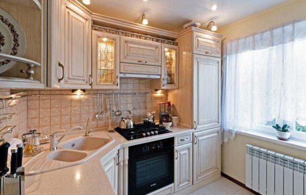 Кухонный гарнитур из МДФ с патиной