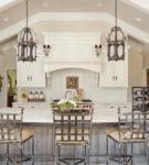 Кухня с патиной в стиле прованс
