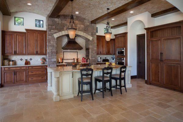 Правильное освещение кухонного пространства