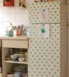 Холодильник, покрытый ПВХ-плёнкой