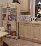 Холодильник с росписью